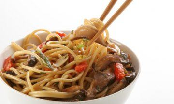 receta de ensalada de fideos chinos y atun