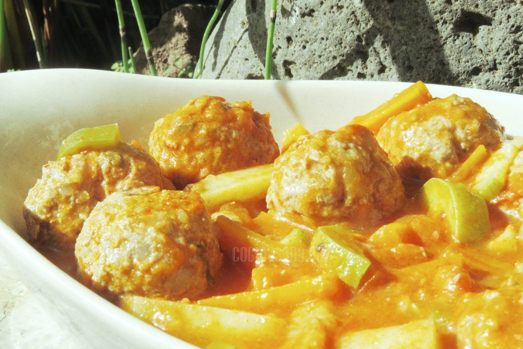 Alb ndigas con salsa de chipotle mexicanas - Guarnicion para albondigas ...