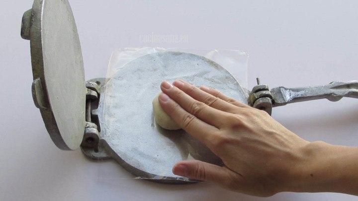 Image result for bolitas de masa para prensa de tortilla