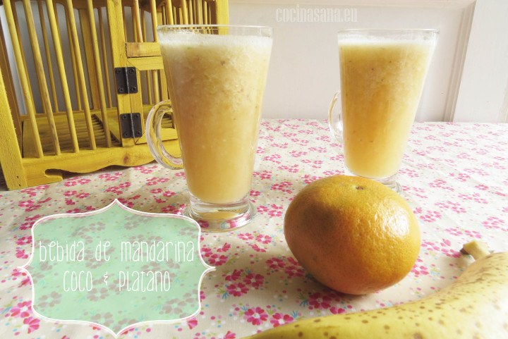 Bebida de Mandarina, Coco y Plátano: Rica en Vitaminas y Fibra