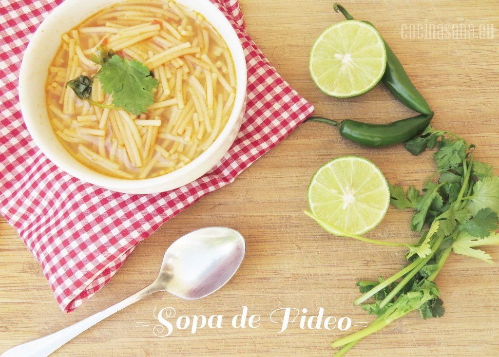 Sopa casera de Fideos y Tomate